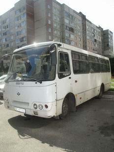 Автобус на 25 місць