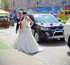Авто на весілля  Весільний кортеж  Рівне