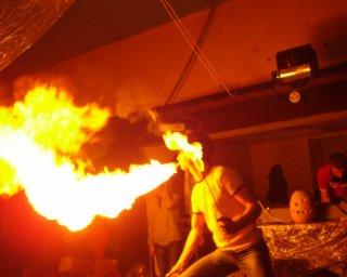 FIRE SHOW НА ВЕСІЛЛЯ , ДИТАЧІ СВЯТА,ТА ЦИРКОВА ПРОГРАМА.