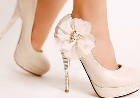 Як правильно вибрати весільні туфлі нареченій