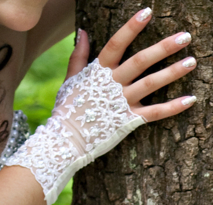 Весільні рукавички нареченої